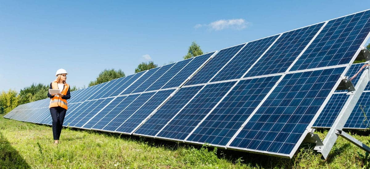solar panels size